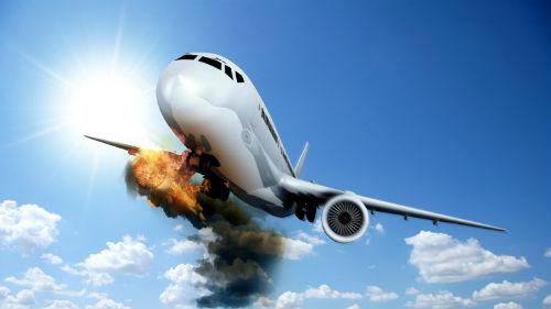 К чему снится самолет падающий?